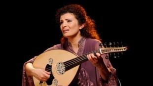 La musicienne syrienne Waed Bouhassoun.