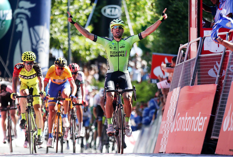 O espanhol Enrique Sanz da equipa espanhola Euskadi Basque Country-Murias venceu a sétima etapa da Volta a Portugal.