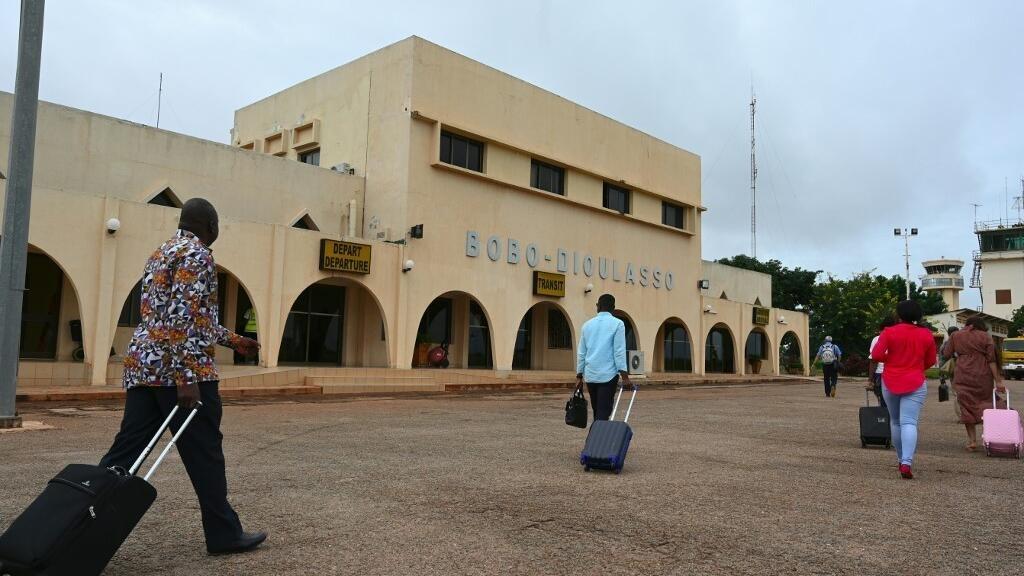 Coronavirus: le Burkina Faso rouvre ses frontières aériennes le 1er août sous conditions
