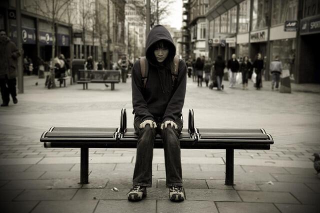 После ДТП самоубийство является главной причиной смертности среди молодежи во Франции