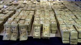 Dinheiro apreendido pelas autoridades norte-americanas por suspeita de financiamento do terrorismo.