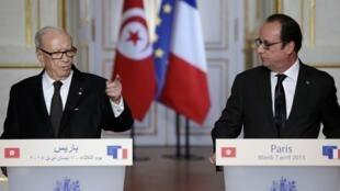 کنفرانس مشترک مطبوعاتی باجی قائد سبسی، رئیس جمهوری تونس و فرانسوا هولاند، رئیس جمهوری فرانسه در پاریس. سهشنبه ١٨فروردین / ٧ آوریل ٢٠١۵