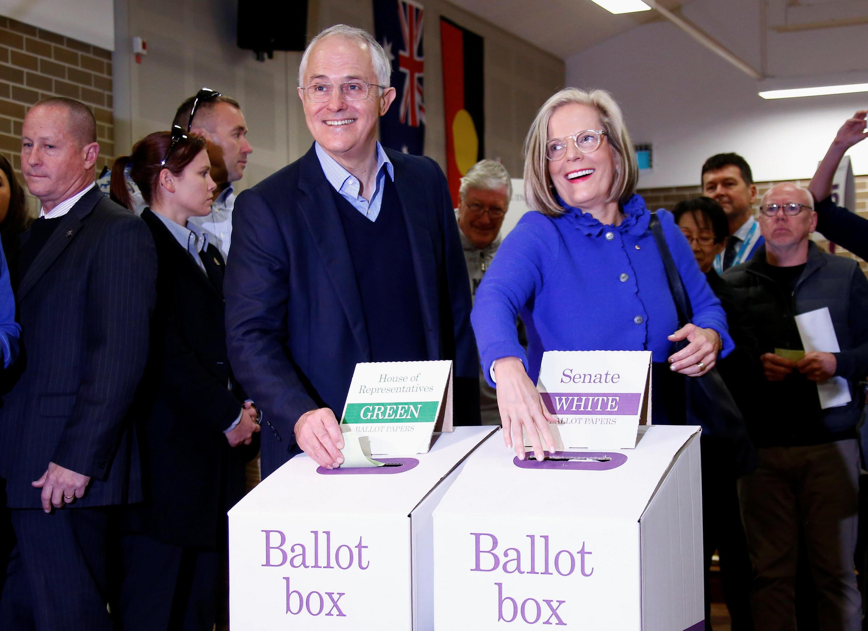 Malcolm Turnbull  quando  votava  em Sydney .02 de Julho de 2016