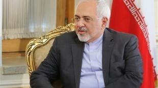 """محمد جواد ظریف، وزیر امور خارجه جمهوری اسلامی ایران در گفتوگو با هفتهنامه """"اشپیگل"""" آلمان، مذاکره با آمریکا را غیرممکن ندانست. جمعه ٤ بهمن/ ٢٤ ژانویه ٢٠٢٠"""