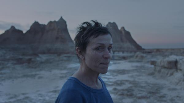 Frances McDormand in the film « Nomadland », de Chloé Zhao, en lice pour le Lion d'or 2020 à la Mostra de Venise. Photo Courtesy of Searchlight Pictures.