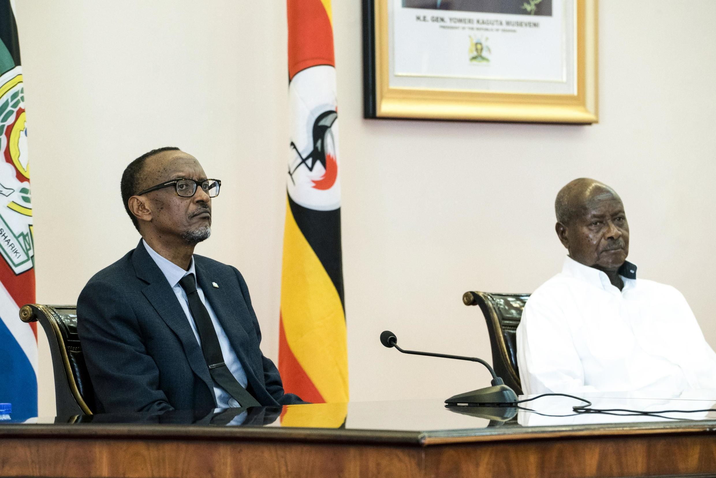 Marais wa Rwanda na Uganda, Paul Kagame na Yoweri Museveni, mwaka 2018 huko Entebbbe.