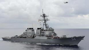 美國驅逐艦韋伯號1月30日在南海中建島海域航行引發中國抗議