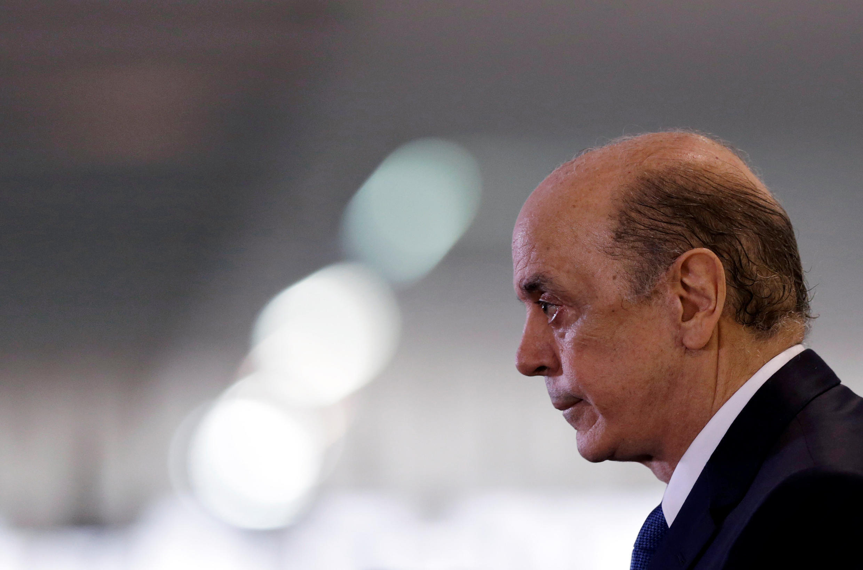 O novo ministro das Relações Exteriores, José Serra, tende a mudar rumos da diplomacia.