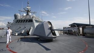 Tàu tuần duyên USS Fort Worth của Mỹ tại Singapore.