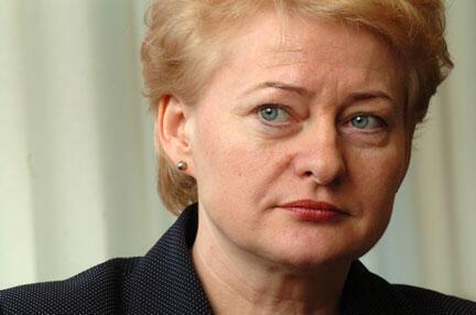 На второй срок на посту президента Литвы претендует беспартийная Даля Грибаускайте