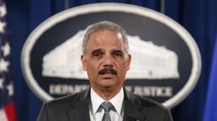 Le ministre américain de la Justice, Eric Holder, est l'un des trois hommes à l'origine des nouvelles règles limitant le profilage racial.