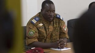 O tenente coronel Isaac Zida, actual homem forte do Burkina Faso