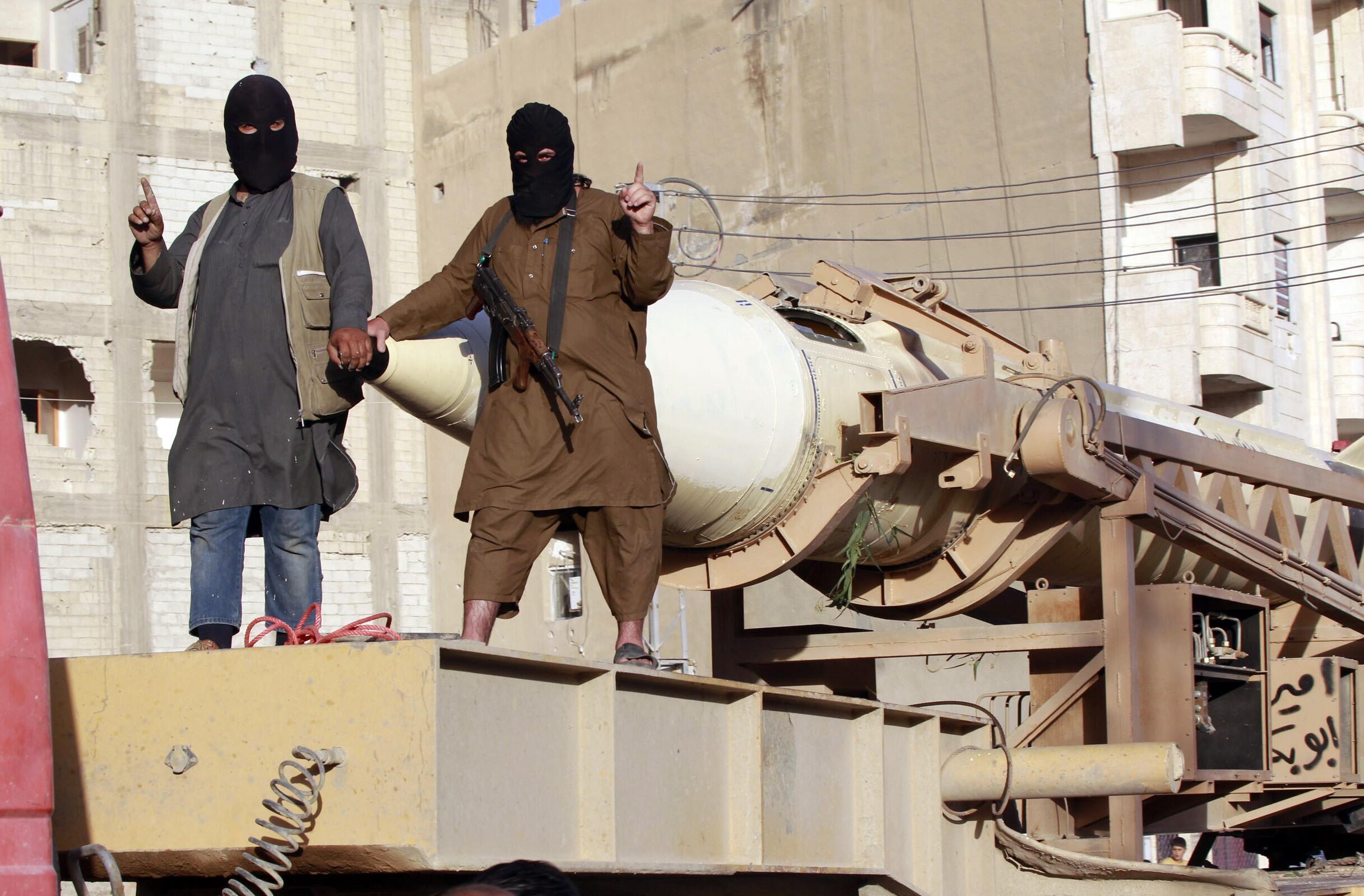 Quân khủng bố Daech tại vùng Raqqa, Syria, tháng 7/2014.