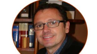 Emmanuel Groutel est consultant international dans le domaine de la gestion des ressources forestières et du négoce international de bois