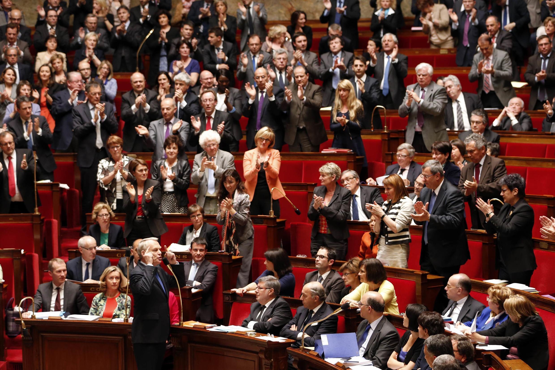 Нижняя палата парламента Франции - Национальное собрание (Assemblée nationale) - во Дворце Бурбонов