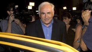 A procuradoria de Nova Iorque retirou as acusações de violação ao ex diretor do FMI, Dominique Strauss-Kahn.