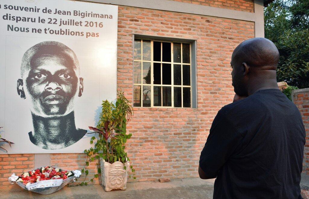 Mwandishi wa Burundi Jean Bigirimana alitoweka Julai 22, 2016 katika eneo la Bugarama, karibu na mji wa Burundi, Bujumbura.