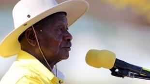 Yoweri Museveni, lors de son dernier meeting de campagne, à Kampala, le 16 février 2016.