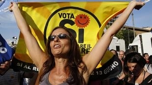 "A campaigner for a ""yes"" vote in Italy's referendum"