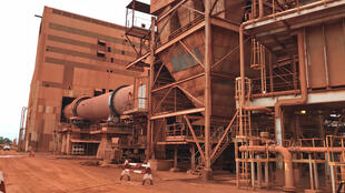 L'usine de traitement de la bauxite de la CBG (Compagnie des bauxites de Guinée) à Kamsar à 250 kilomètres au nord de Conakry