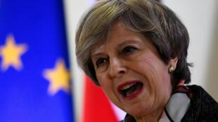 Grã-Bretanha: primeira-ministra Teresa May entrega o pedido de separação da União Europeia.