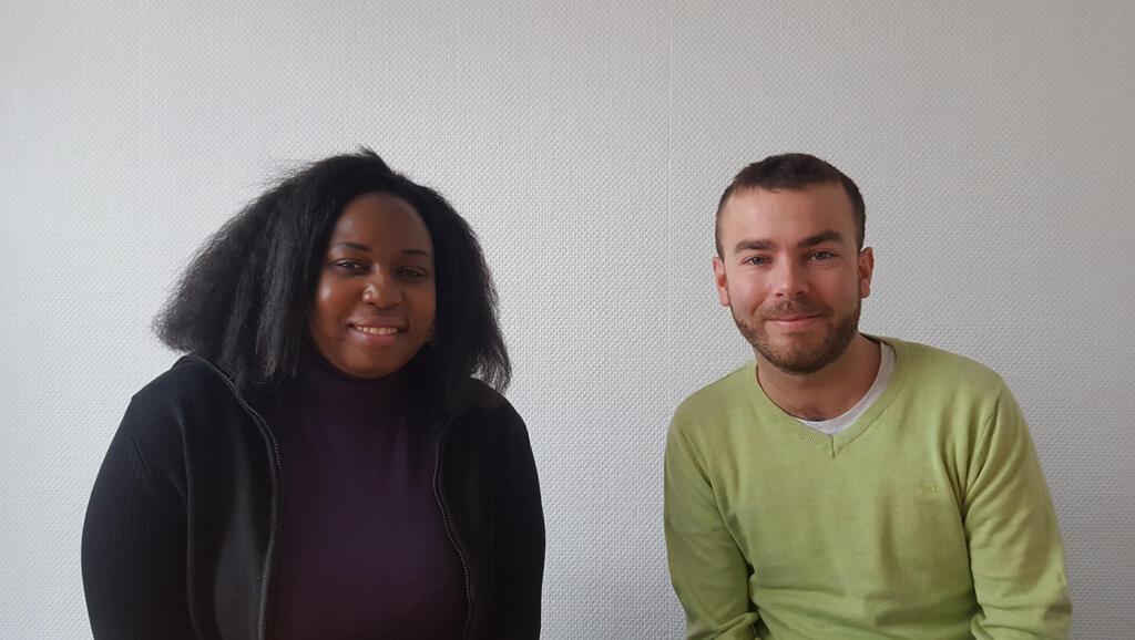 La journaliste ougandaise Lillian Ikulumet et Korbinian Eisenberger de la Süddeutsche Zeitung.