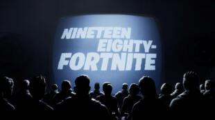 Une scène du court métrage Nineteen Eighty-Fortnite publié par le fabricant de jeux vidéo Epic Games et qui a été visionnée par les utilisateurs du jeu Fortnite, après qu'Apple ait retiré le jeu de son App Store.