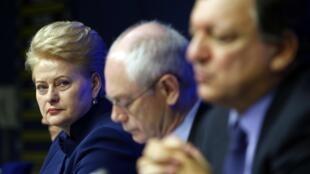 Pour la présidente lituanienne Dalia Grybauskaite (à g.), la non signature de cet accord aurait des conséquences à long terme pour l'Ukraine.