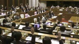 资料图片:香港立法会会议厅。摄于2010年6月25日