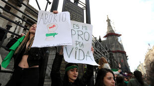 Manifestação pró-aborto em Buenos Aires.