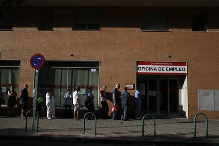 O índice de desemprego na Espanha é o segundo maior da zona do euro, 26,3% da população economicamente ativa.