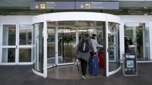Dirigentes de la Unión europea proponen compartir los datos de los pasajeros en nombre de la lucha antiterrorista.