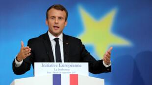 Tổng thống Pháp Emmanuel Macron phát biểu về kế hoạch cải tổ  Liên Hiệp Châu Âu tại Đại học Sorbonne, Paris, ngày 26/09/2017.