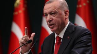 El presidente turco, Recep Tayyip Erdogan, durante una rueda de prensa tras la reunión del gabinete en Ankara, Turquía, el 3 de noviembre de 2020
