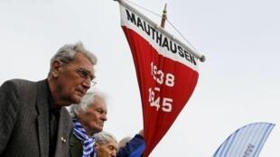 奥地利茅特豪森纳粹集中营举行仪式,纪念集中营被解放70周年, 2015年5月10号