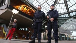 کاخ دادگستری شهر آنتورپ در بلژیک که اختیارات رسیدگی به جرائم تروریستی در این کشور را بر عهده دارد