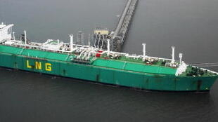 «L'unité flottante est plus adaptée aux pays en développement qu'une usine de regazéification sur la terre ferme», selon Anne-Sophie Corbeau chercheuse au Kapsarc, le centre saoudien d'études et de recherche pétrolière.