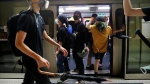 香港反送中示威者。