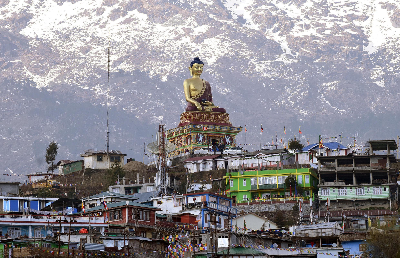 Một bức tượng Phật tại Tawang, tây bắc bang Arunachal Pradesh, nơi có tu viện nổi tiếng cùng tên được xây dựng từ thế kỷ XVII. Ảnh chụp ngày 09/04/2017.
