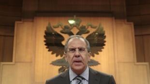 O chanceler russo, Sergei Lavrov , durante coletiva de imprensa em Moscou.