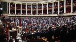 Palais Bourbon, Paris, le 13 janvier 2015. Hommage aux victimes des attaques de la semaine.