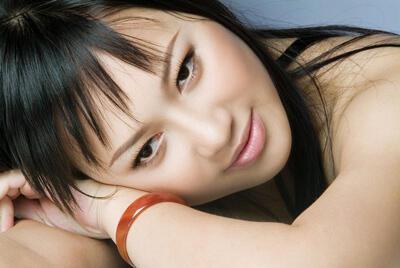 Ca sĩ Khánh Linh.