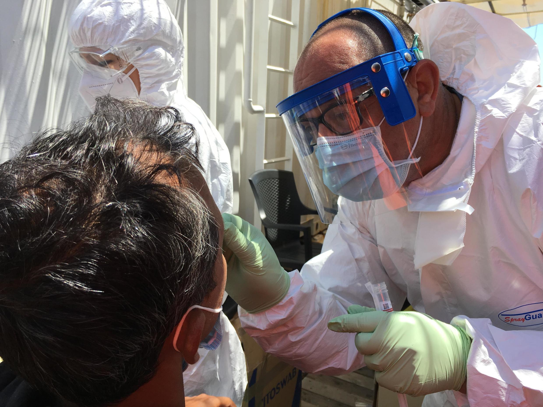 Coronavirus-意大利提出一個保護在南部登陸難民接受檢測的方案 L'Italie a élaboré un plan pour protéger les migrants qui débarquent dans le sud du pays. Ils seront soumis à des tests de dépistage. (Imagine d'illustration)