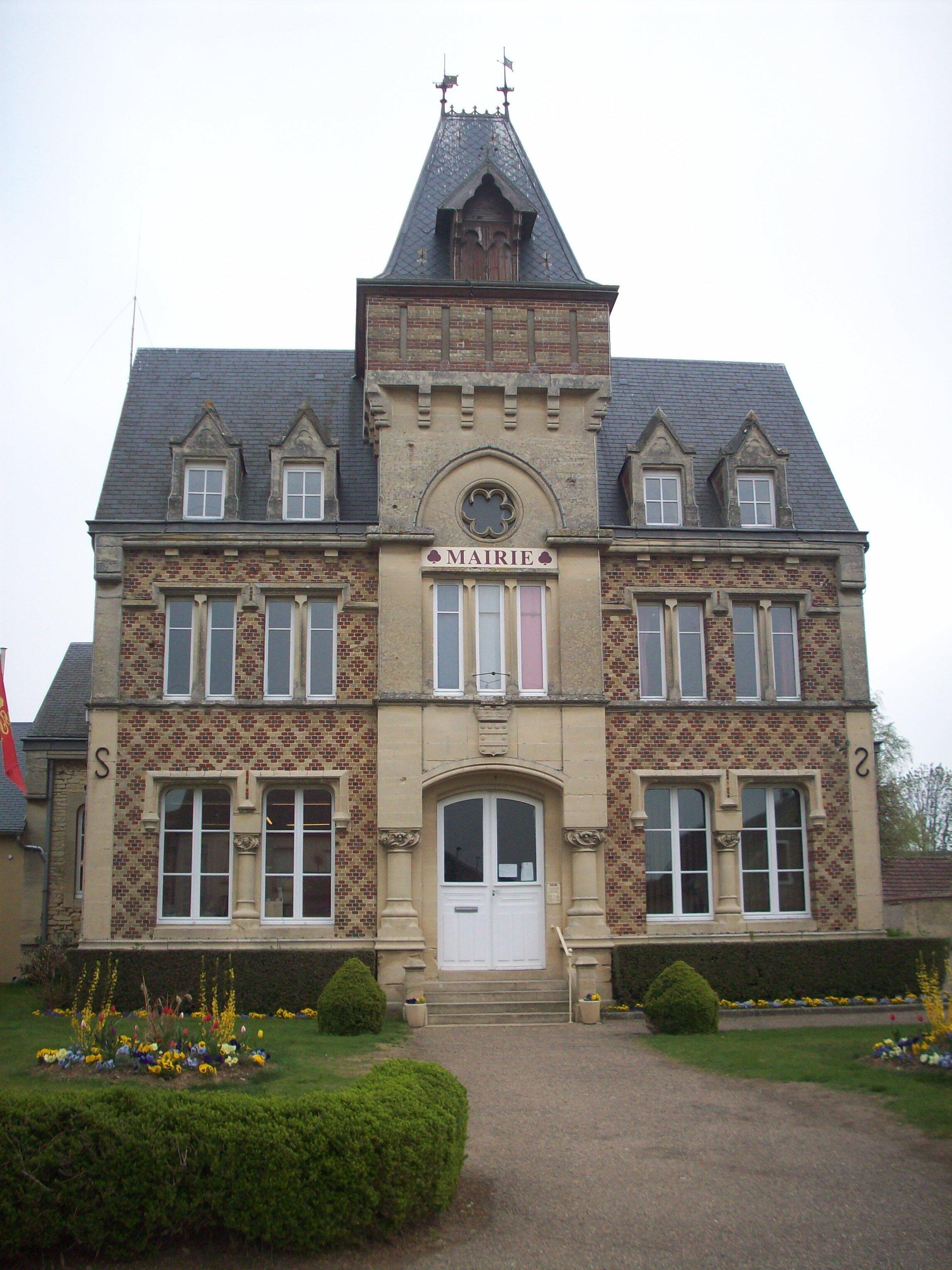 具有诺曼底建筑风格的诺曼底Vexin-sur-Epte市政府。
