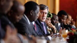 Le 16 mars 2009, Gordon Brown a rencontré les gouvernements africains pour une réunion préparatoire en vue du G20 de Pittsburgh.