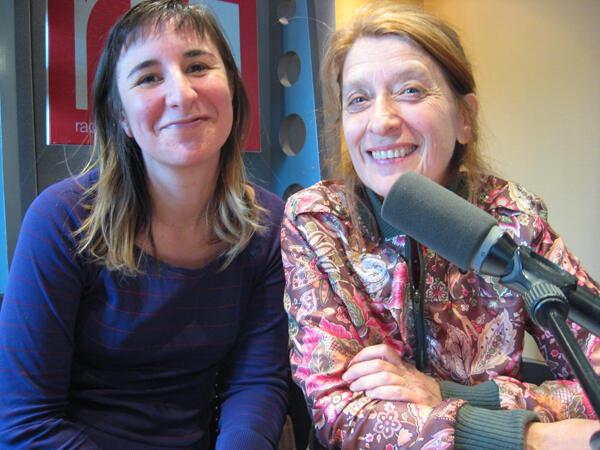 María Saravia  y Susana Schnel en RFI.