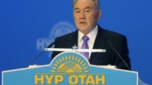 Le président kazakh Noursoultan Nazarbaïev avait promis «d'écraser le terrorisme». Ici le 25 novembre 2011 au congrès de son parti, Nour-Otan.