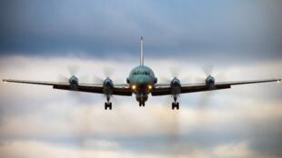 """روسیه اسرائیل را ﻣﺳﺆول حادثه سرنگونی هواپیمای """"IL-20M """" خود در خاک سوریه میداند که در روز سهشنبه ۲۷ شهریور/ ١٨ سپتامبر ٢٠۱٨ رخ داد و باعث مرگ ١۵ تن سرنشینان هواپیما شد."""