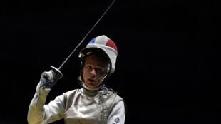 L'escrimeuse française Astrid Guyart le 10 août 2016 aux Jeux Olympiques de Rio.