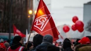 Le puissant syndicat allemand de l'industrie IG Metall a lancé des arrêts de travail ce 2 mars 2021, principalement dans l'automobile, alors que les négociations sur les salaires sont bloquées avec le patronat.